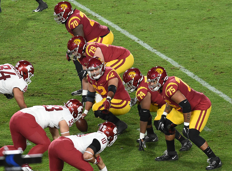 USC offensive line Brett Neilon